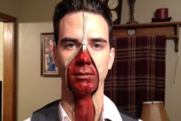 Blutiges Halloweenkostüm